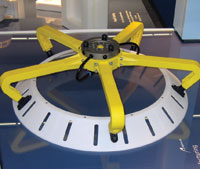 瑞典 Digital Mechanics AB 使用 Stratasys Fortus 3D 生产系统制作的 3D 打印夹具。无软管设计均使用增材制造进行原型制作和生产。