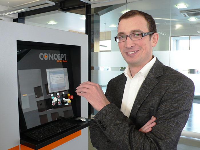 X 1000R 系列产品研发总监Florian Bechmann,博士