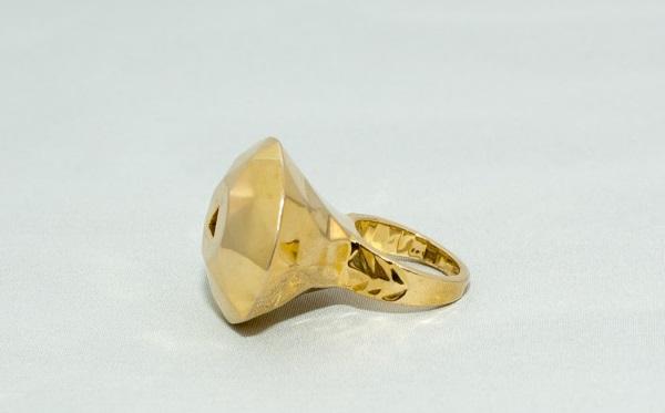 红宝石戒指:349美元