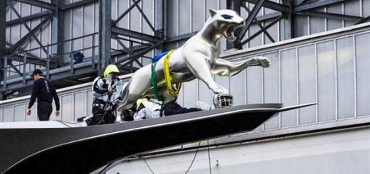 materialise-prints-giant-jaguar-mount-bow-yacht-1