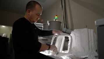 看阻燃尼龙材料如何应用在阿联酋航空机舱内?